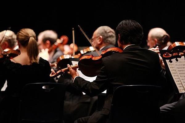 orchestra-2098877_640.jpg