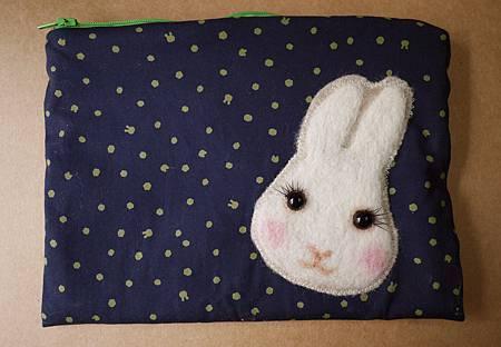 點點兔頭化妝包2