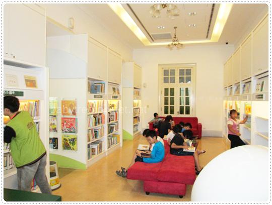 國立台灣文學館兒童文學書房