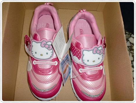 kitty 鞋子