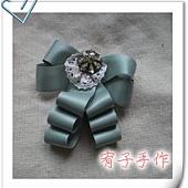 領結胸針-草綠.jpg