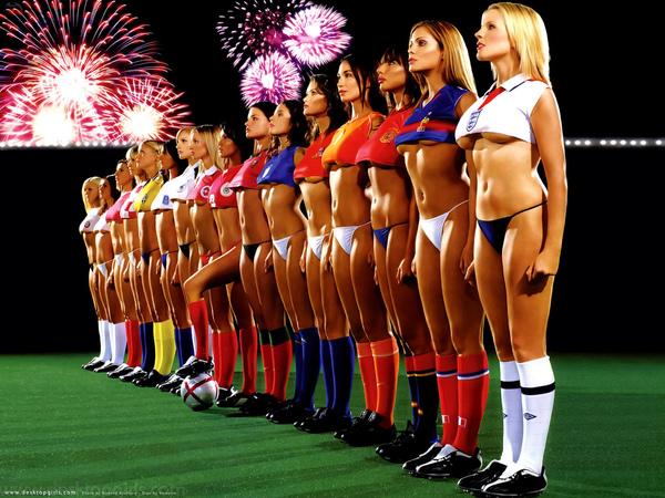 World_Cup_Football_Girls_623200653711PM786.jpg