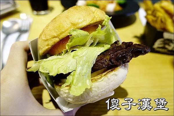傻子漢堡 (1).JPG