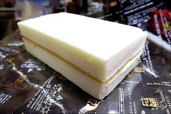 寶才豆漿蛋糕 (2).JPG