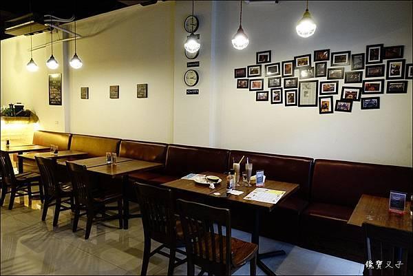 Square%5Cs 格子美式餐廳 (4).JPG