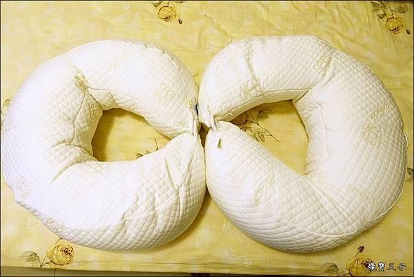 GreySa格蕾莎 哺乳護嬰枕 (3).JPG