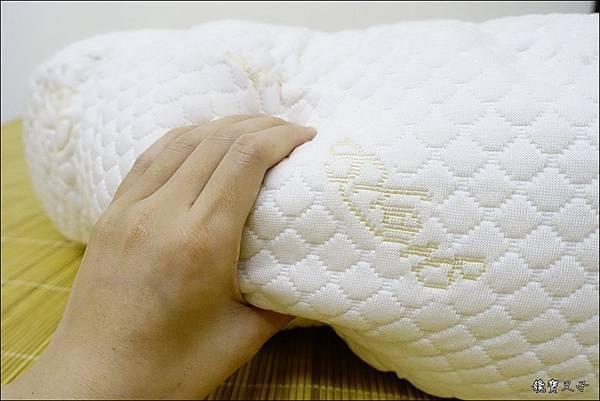 GreySa格蕾莎 哺乳護嬰枕 (7).JPG