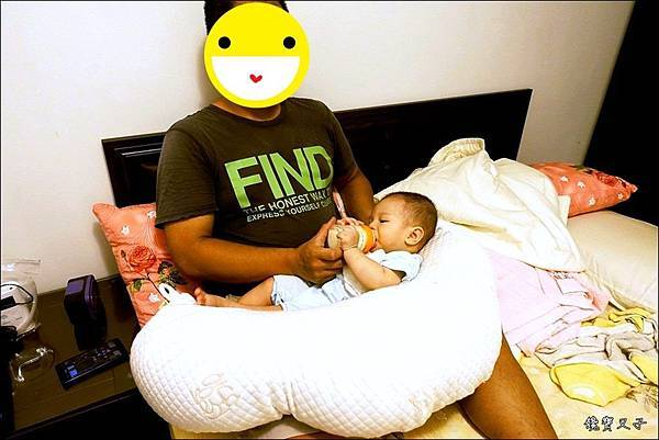 GreySa格蕾莎 哺乳護嬰枕 (11).JPG