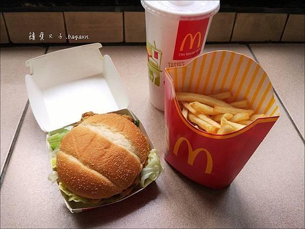 麥當勞-美式BBQ雞腿堡 (3).jpg