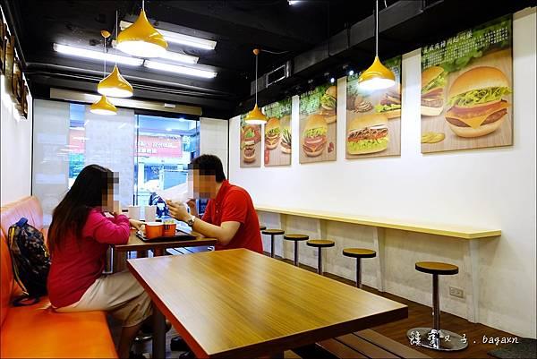Burger Talks 淘客漢堡 (10).JPG