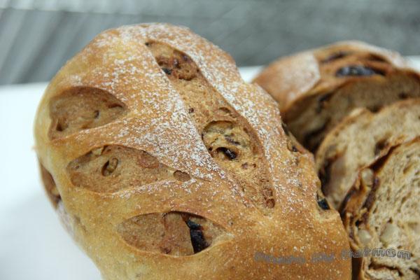 桂圓胚芽麵包-004