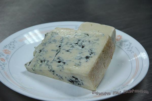 魯斯迪克-藍乳酪核桃麵包-004