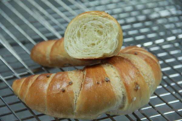 牛角鹽麵包-020