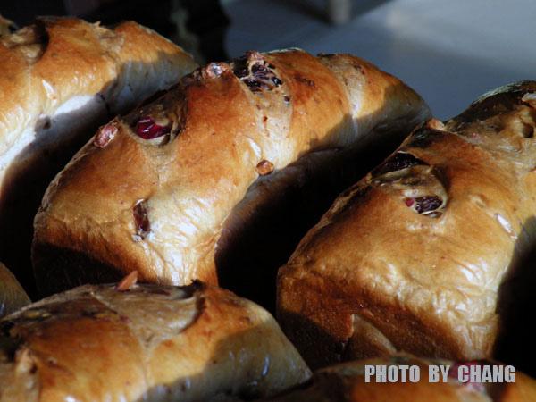 莓果核桃麵包-001.jpg