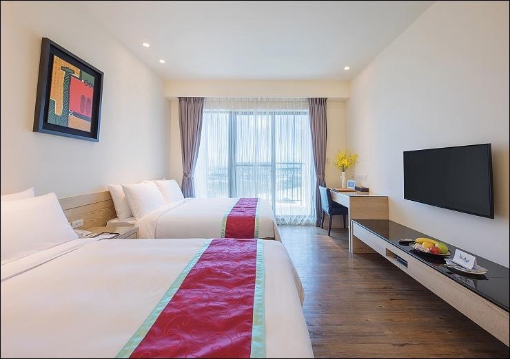 娜路彎銀河酒店豪華四人房-naruwan galaxy Quadruple room -1-小.jpg