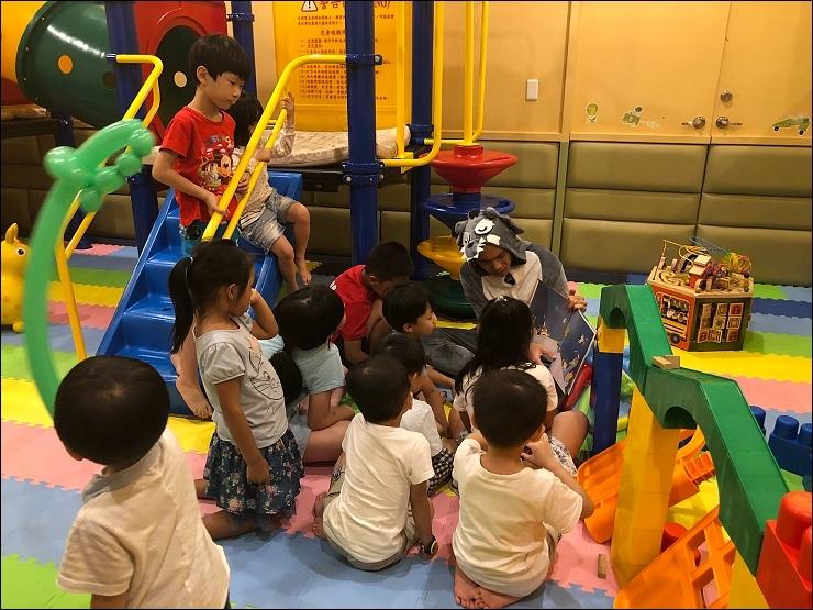 阿熊家族故事時間.jpg