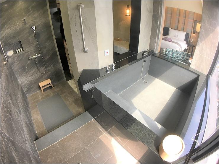浴室(個人泡湯池)2.jpg