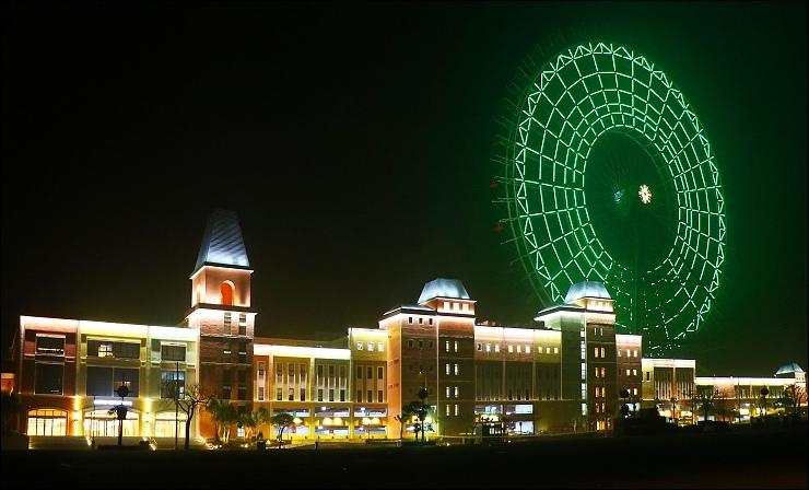 全台最大的麗寶樂園渡假區(最大摩天輪_麗寶OUTLET_MALL).jpg
