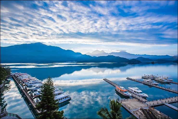 陽台湖景.jpg