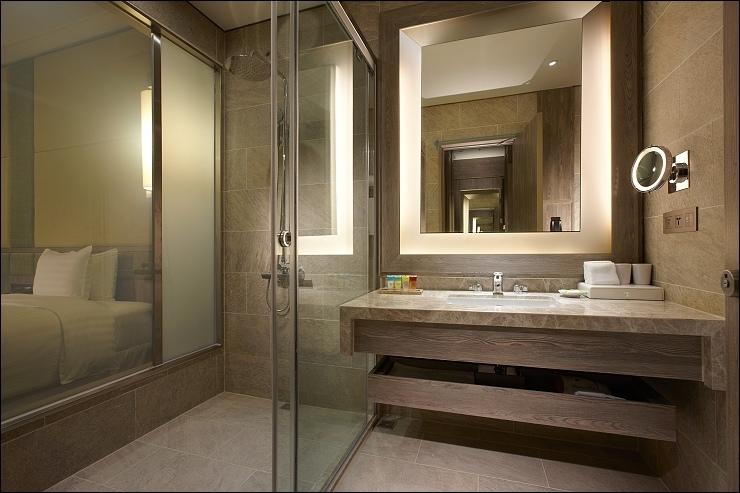 Deluxe Twin Room_豪華雙床客房浴室.jpg