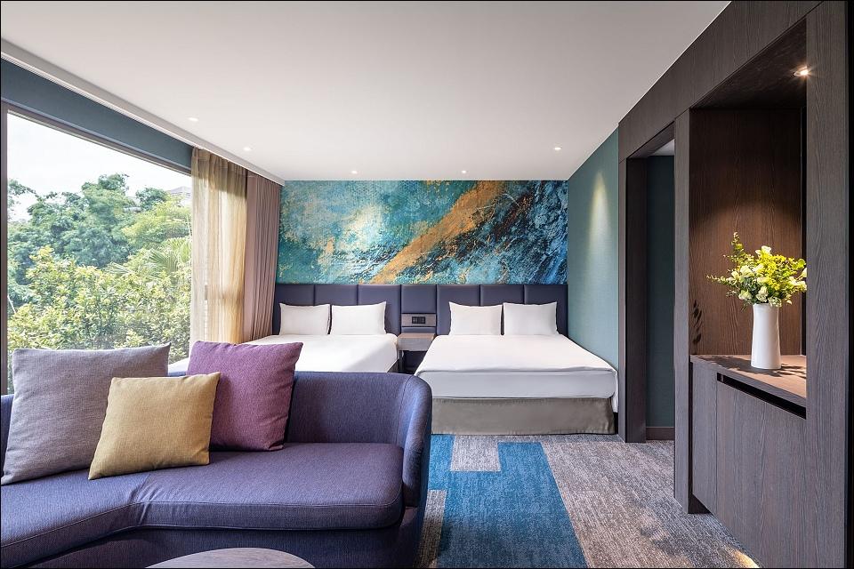 HB-Room-CV-2.jpg