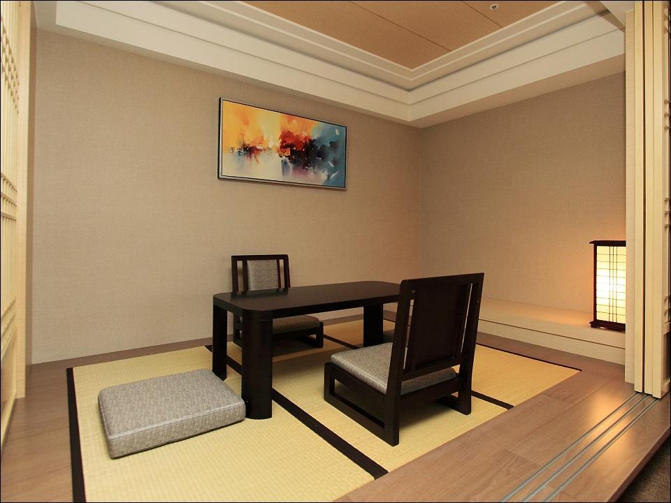 日月潭大飯店-客房-映月湖景和洋房-和室.jpg