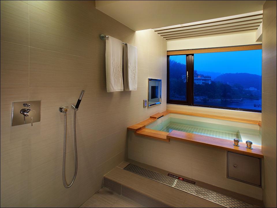 日月潭大飯店-客房-湖景房-浴室.jpg