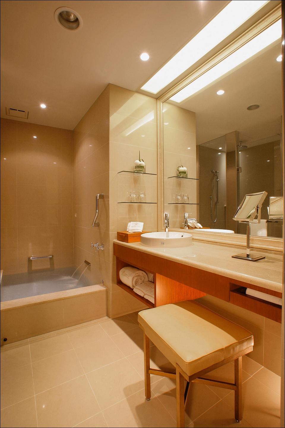 客房浴室1.jpg