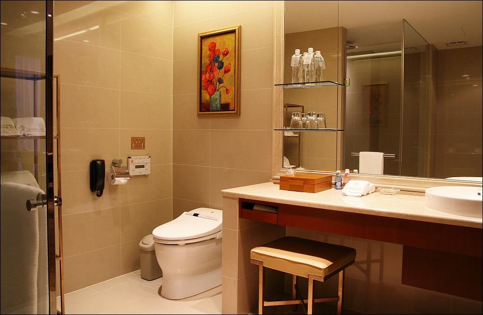 客房浴室4.jpg