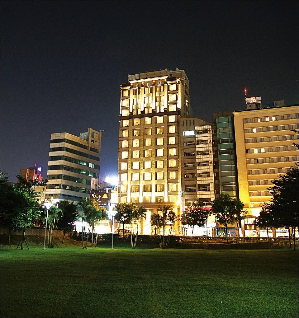 神旺商務酒店 外觀.jpg