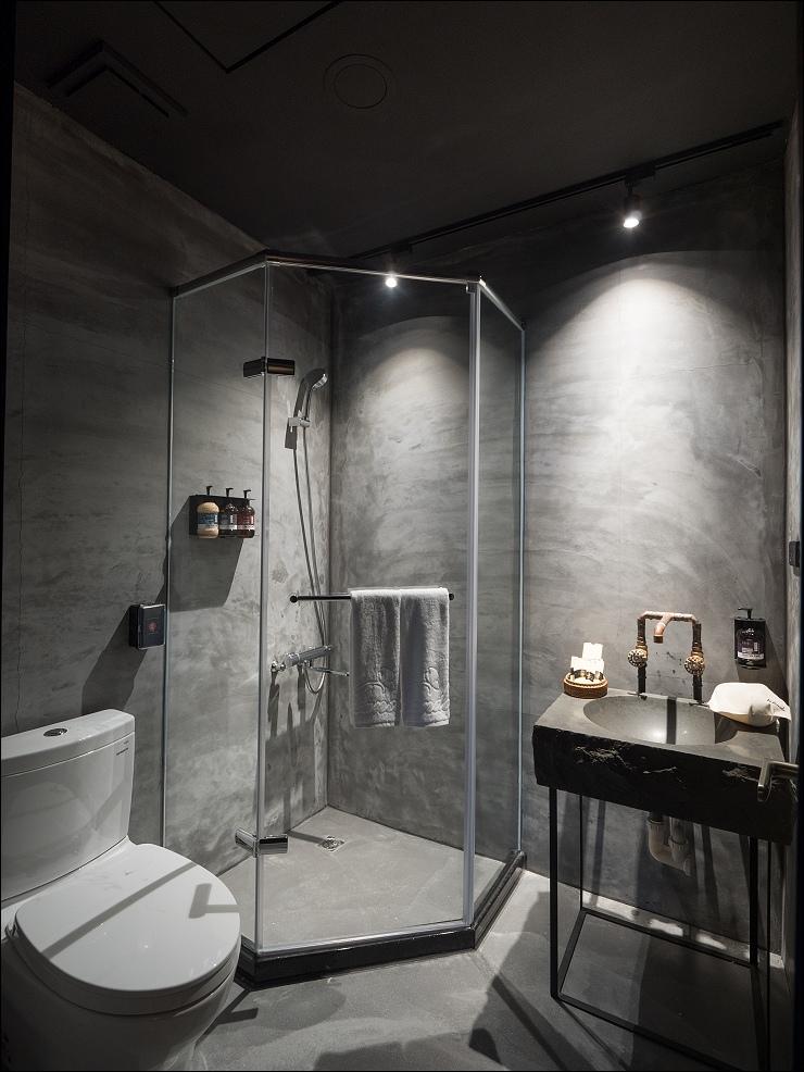 偶浴獨立衛浴。.jpg