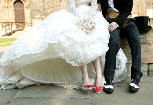 bride-groom-melissa-oxford-vivienne-westwood-wedding-Favim.com-65618_large
