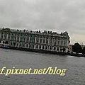 DSCN0773-1-涅瓦河畔遠眺-冬宮博物館