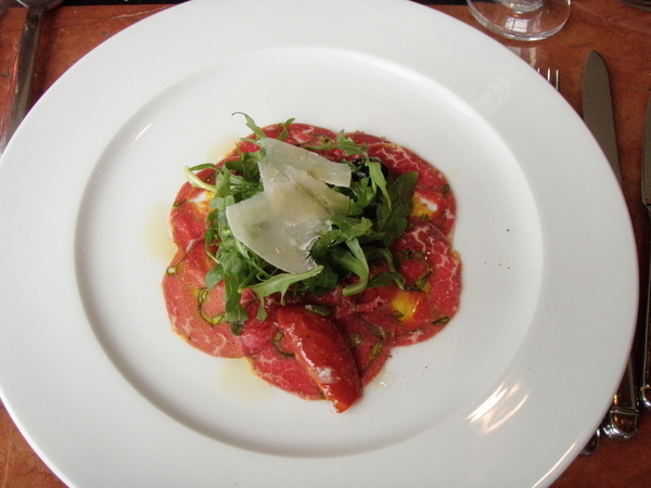 前菜 - 義大利生薄牛肉