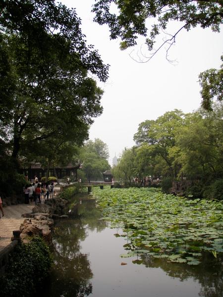 中國園林的建築特色 - 借景