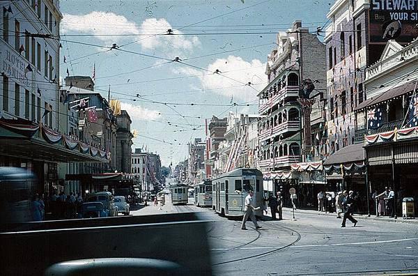 800px-BrisbaneTramsAdelaideSt1954