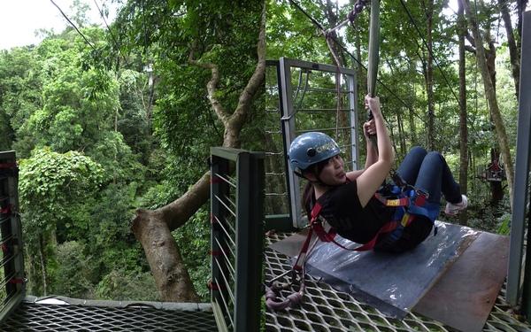 100519 JungleSurfing1.jpg