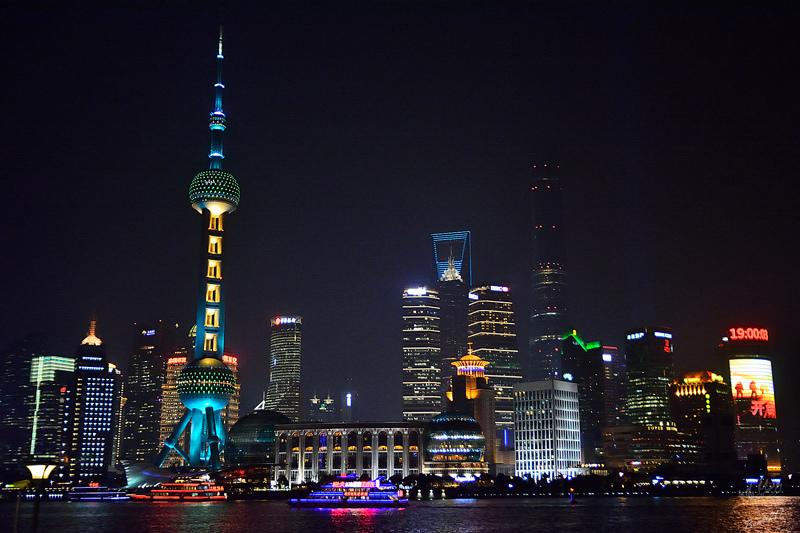 上海外灘夜景美的讓人感動,人民公園散策,上海旅遊景點自由行