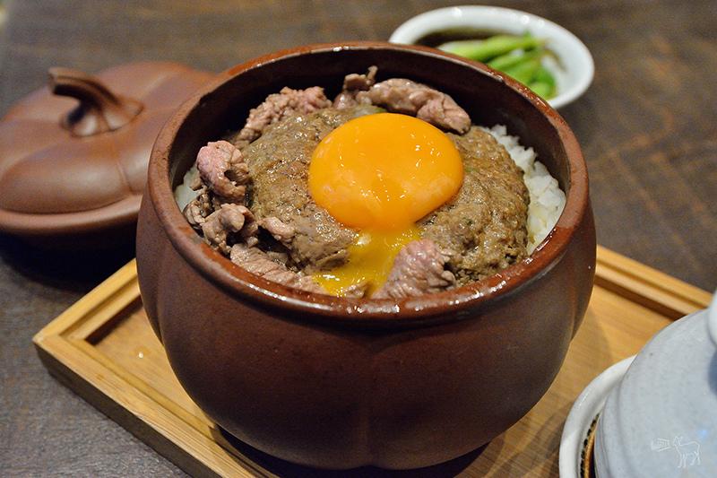 牛三館 窩蛋雙牛蒸飯 香港中環美食粵菜餐廳,港鐵上環站