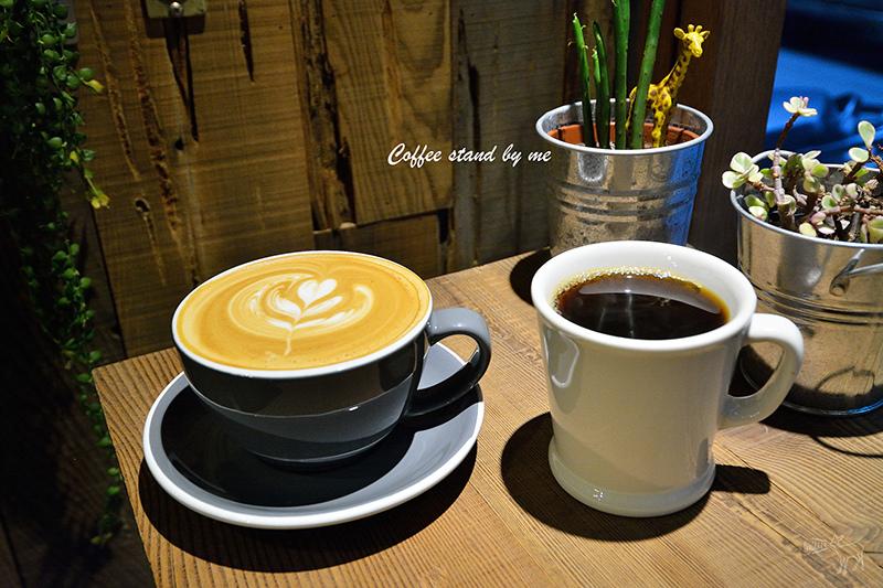 Coffee Stand by me 吸引目光的咖啡啤酒小店,台北赤峰街捷運松山淡水線中山站美食