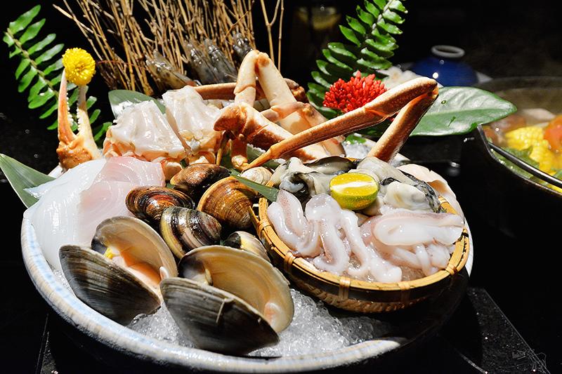 囍聚精緻鍋物:看起來很澎湃的松葉蟹海鮮盤與澳洲和牛肉火鍋,台北東區捷運國父紀念館站