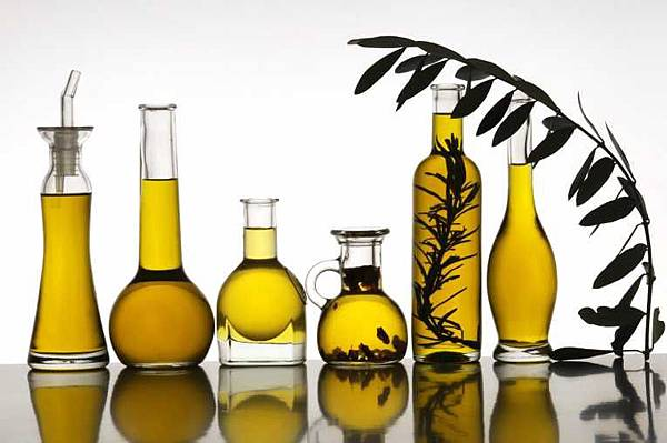 cut-strokes-olive-oil_156