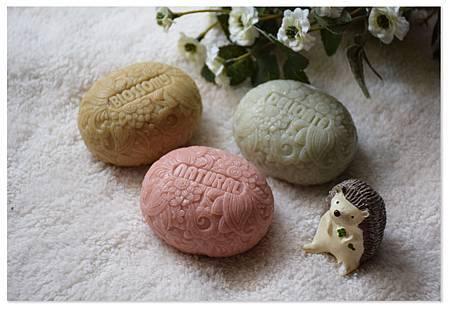 三色礦泥滋養皂(玉石款)
