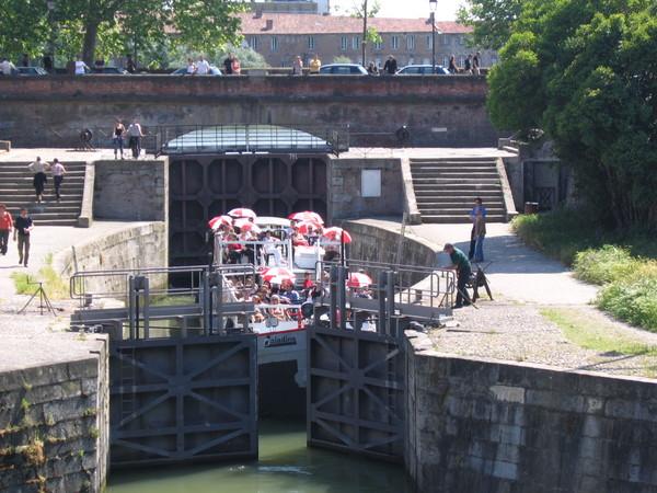 Brienne運河觀光船