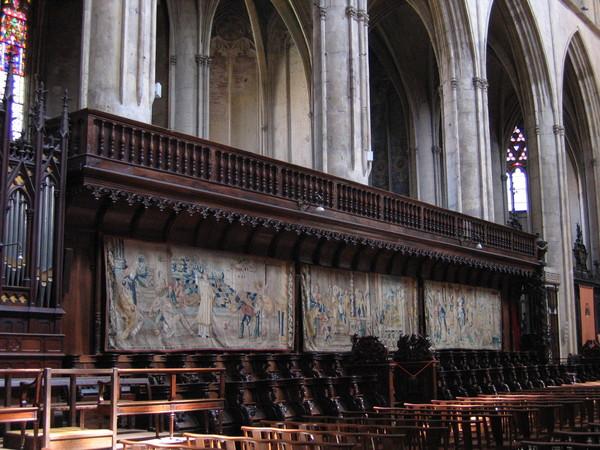 St-Etienne 教堂內部