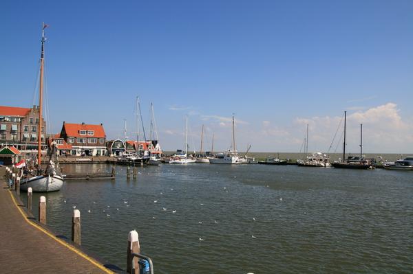 Volendam 港口
