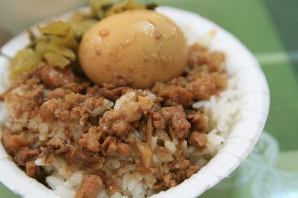 石家魚丸-魯肉飯