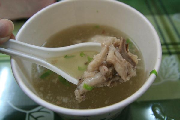 石家魚丸-湯底骨肉