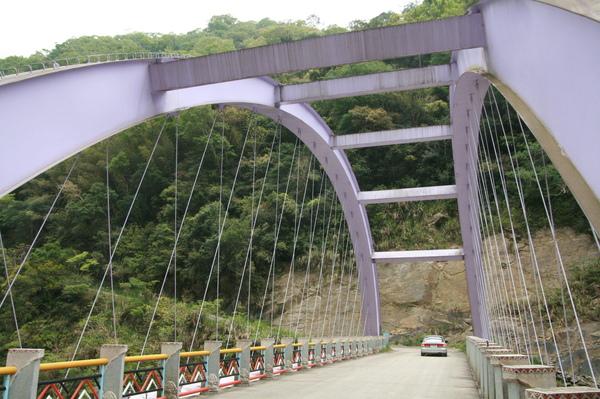 司馬庫斯大橋