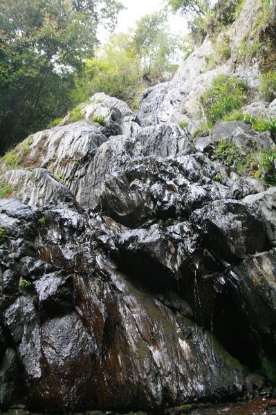枯水期的司立富瀑布